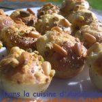 Bouchées au parmesan, noisettes et pistaches