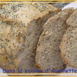 Pain aux graines de pavot et de tournesol