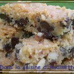 Almond and Chocolate Chip Slices – Barres amandes et chocolat