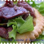 Salade de gésiers et courgettes sur feuilleté