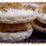 Macarons au foie gras et confit d'oignons