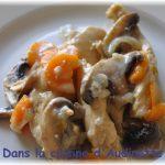 «Blanquette» de poulet aux champignons et carottes