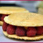 Salons 113 – Le dessert : Macaron pistache framboise en taille XL