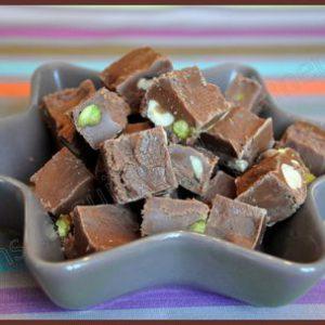 Fudges aux pistaches : caramels au chocolat ou chocolat au caramel ?