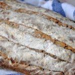 Pain zébré à la farine semi-complète et aux graines