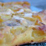 Gâteau au fromage blanc, aux pommes et à la banane
