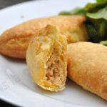 Feuilletés de poulet à la pâte de curry rouge