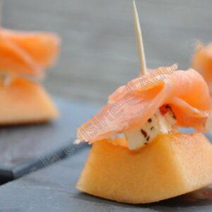 Bouchée de saumon fumé, melon et feta