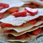 Mille-feuilles léger fraises et rhubarbe