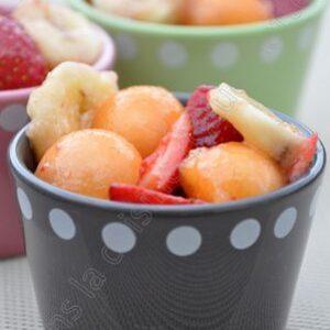 Salade vanillée de fraises, melon et banane