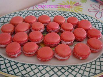 macarons-roses-2.jpg