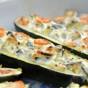 Courgettes farcies aux carottes et ricotta