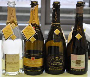 4 bouteilles champ