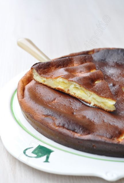 Gâteau au fromage blanc, pomme et zeste de citron