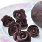 Chocolat plastique pour jouer à la pâte à modeler