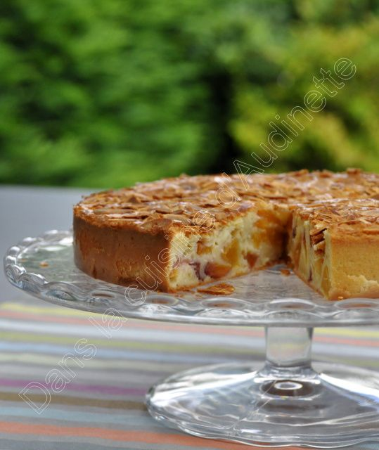 Gâteau nectarines amandes