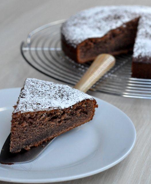 Gâteau moelleux au yaourt et à la pâte à tartiner
