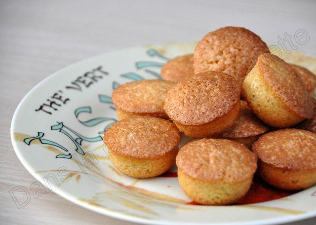 Présentées dans les jolies assiettes offertes par belle-maman :-)