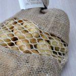 Canapés aux Rattes du Touquet, rillette de maquereaux et crevettes