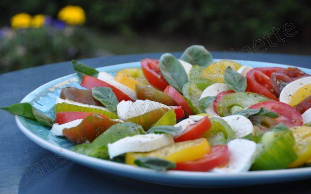 Insalata caprese : la fameuse salade tomates, mozzarella et basilic