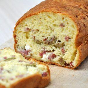 Cake olive et bacon sans gluten