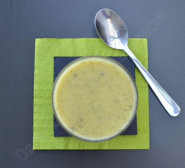 Soupe veloutée de courgette à la feta