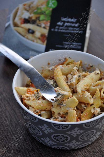Une salade de pâtes, chèvre, tomates cerise... et piment d'Espelette !