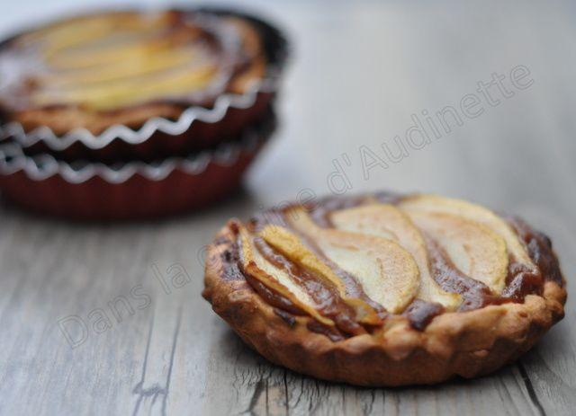 Tartelette aux poires et crème pâtissière au chocolat