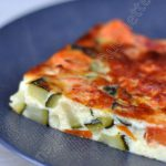 Flan de carottes, courgette et oignons au thym