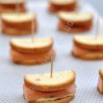 Mini sandwich façon hot-dog pour l'apéro