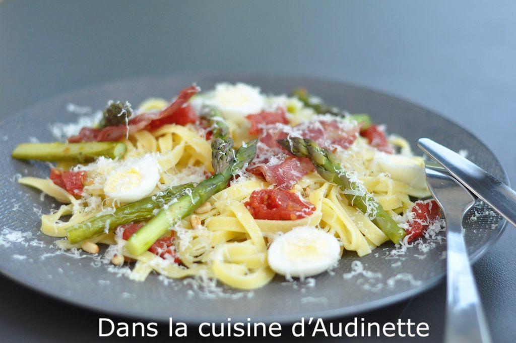 Tagliatelles viva Italia (asperges vertes, coppa et tomates confites)