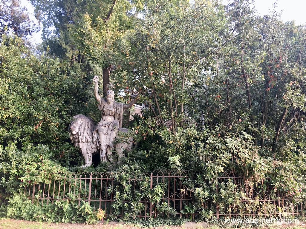 statue jardin venise