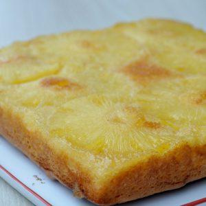 Gâteau à l'ananas (sans caramel)