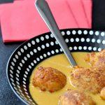 Accras de crevettes à la sauce coco curry