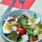 Salade au brocoli, radis et champi