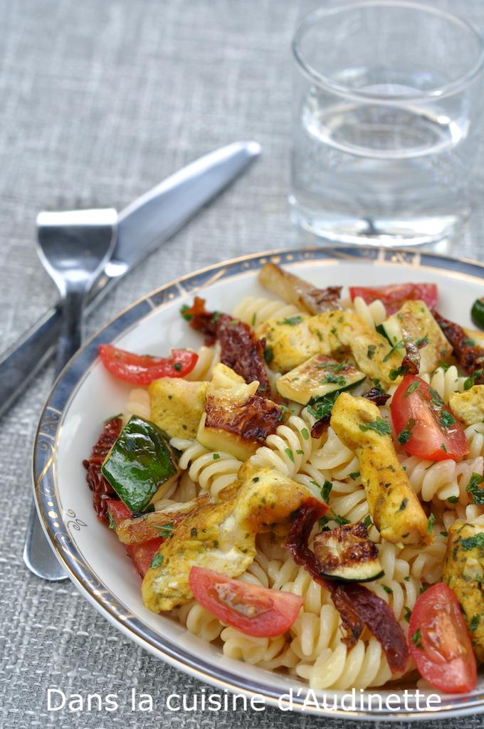 Pâtes au pulet curry et aux courgettes