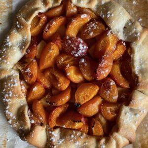 Tarte rustique pomme abricots